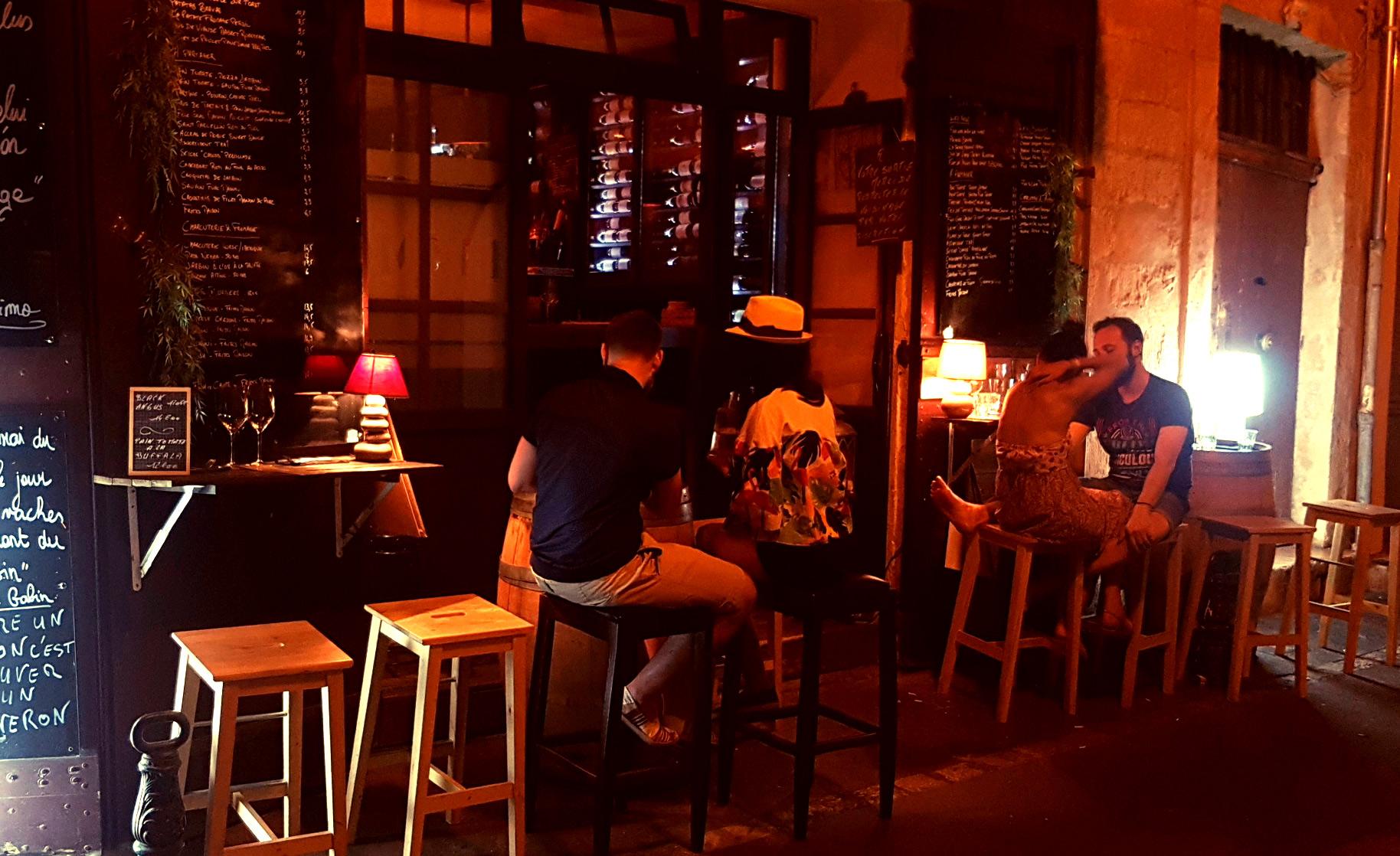 el primo restaurant brunch bar a vins bar tapas burgers aix en provence. Black Bedroom Furniture Sets. Home Design Ideas